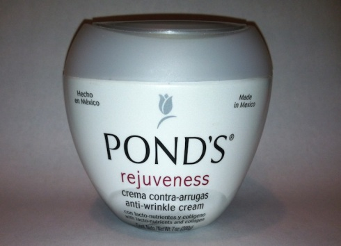 Ponds Rejuveness Anti-Wrinkle Cream made in mexico with AHA lactic acid for dry skin sebaceous filaments