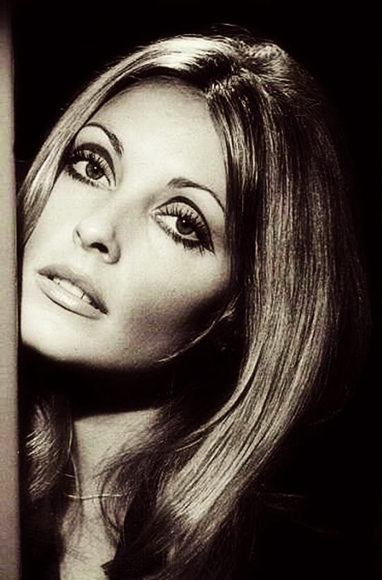 Sharon Tate sixties 60s eye makeup